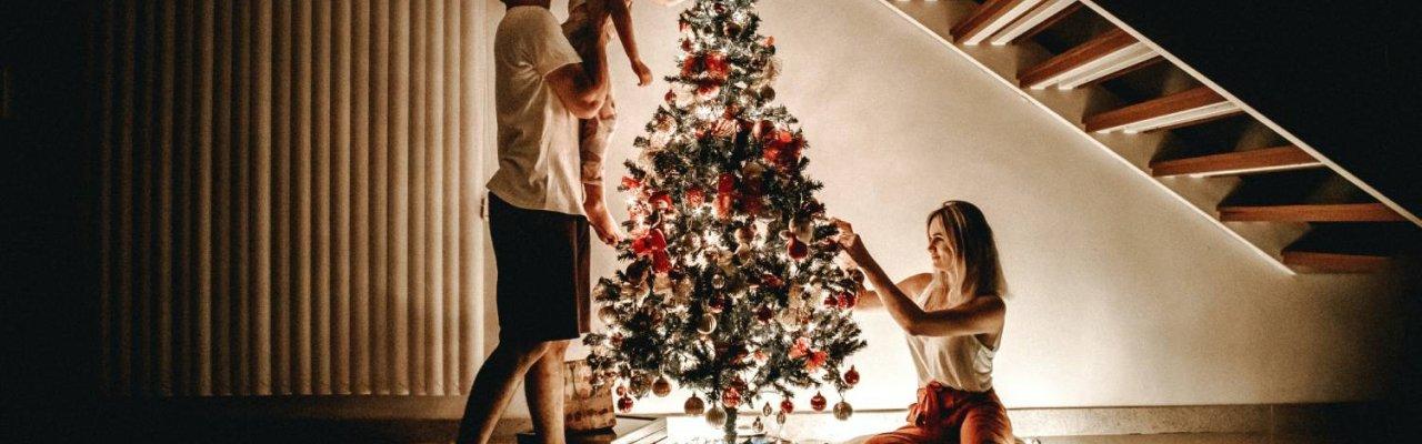 Φέτος θα ζήσουμε τα πιο ήσυχα και γεμάτα Χριστούγεννα