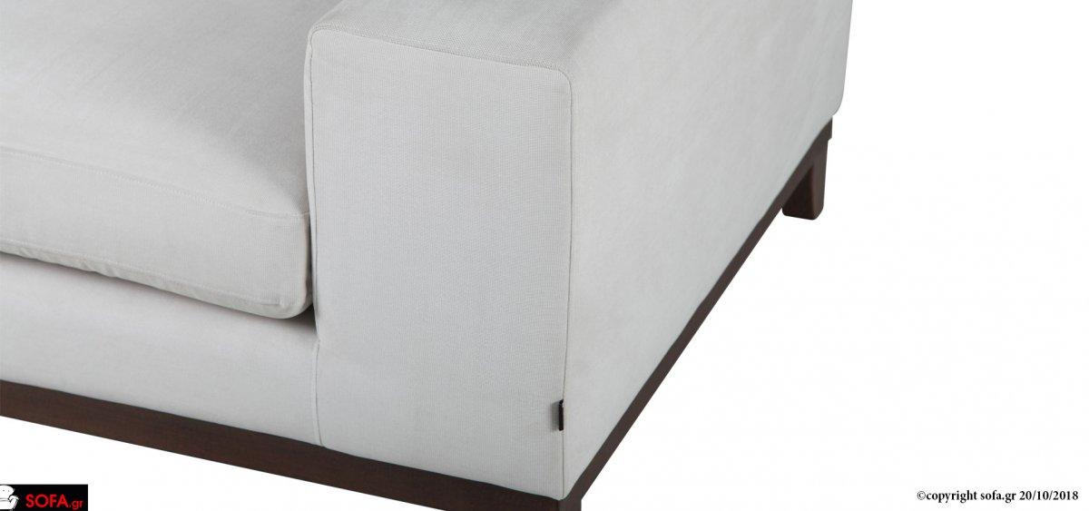 σετ τριθέσιου και διθέσιου καναπέ σε μοντέρνα minimal γραμμή με μασίφ ξύλινη βάση οξιάς
