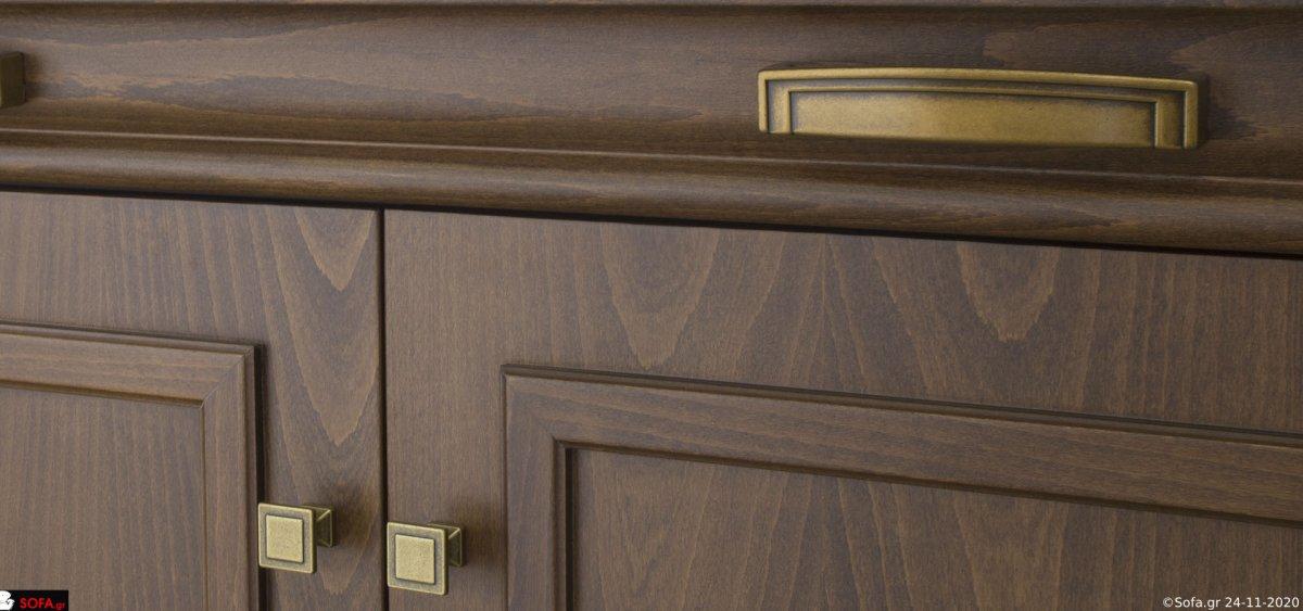 κλασικός μπουφές σε οξιά με σκαλιστές ξύλινες λεπτομέρειες και μεγάλο αναλογικό καθρέφτη