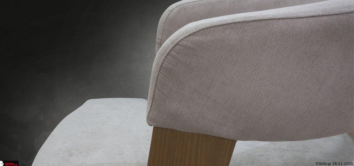 Πολυθρόνα relax, κατασκευασμένη από ξύλο οξιάς, με ανατομική πλάτη.