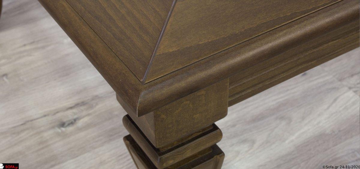 Κλασικό τραπεζάκι σαλονιού σε συνδυασμό με γυαλί και ξύλο  σκαλίσματα στα πόδια